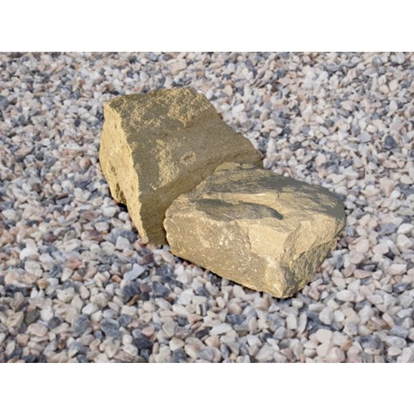 cotswold outdoor decorative rock